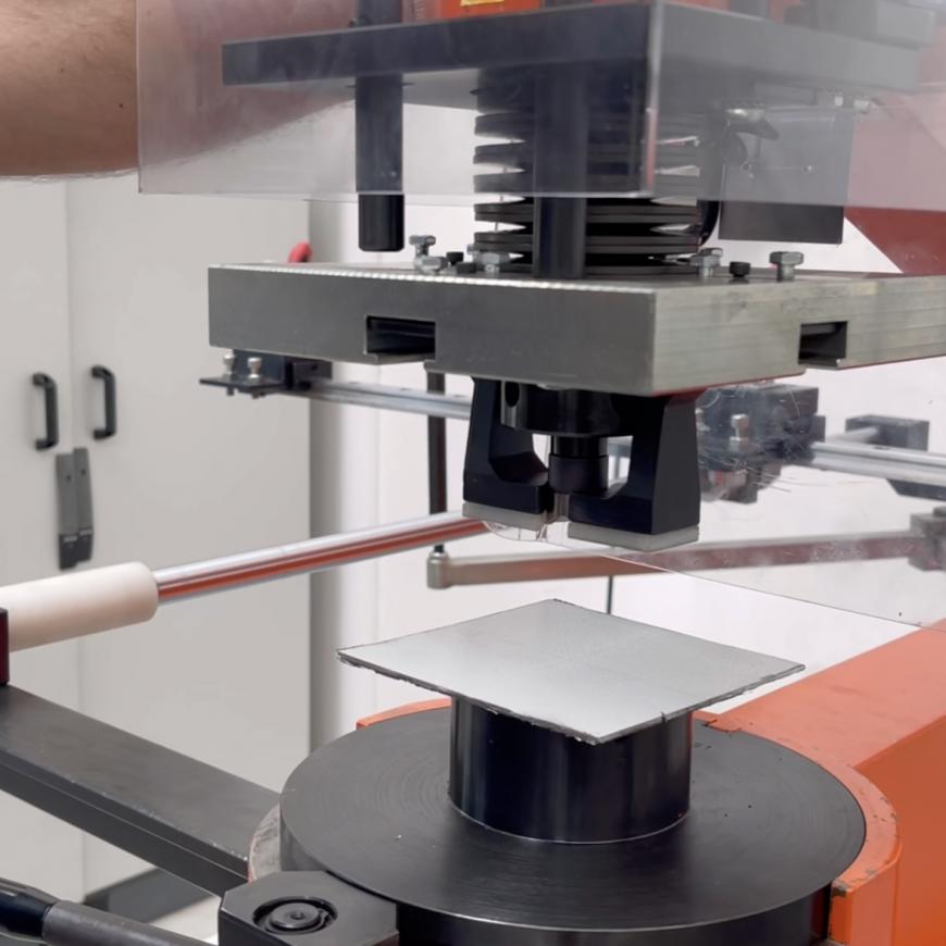 Ottimizzare il lavoro e garantire sicurezza: Sinectra aggiunge al suo processo una nuova foratrice